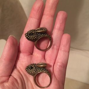NWOT Anthro 2 Best Bunnies BFF Rings, Brass Gold